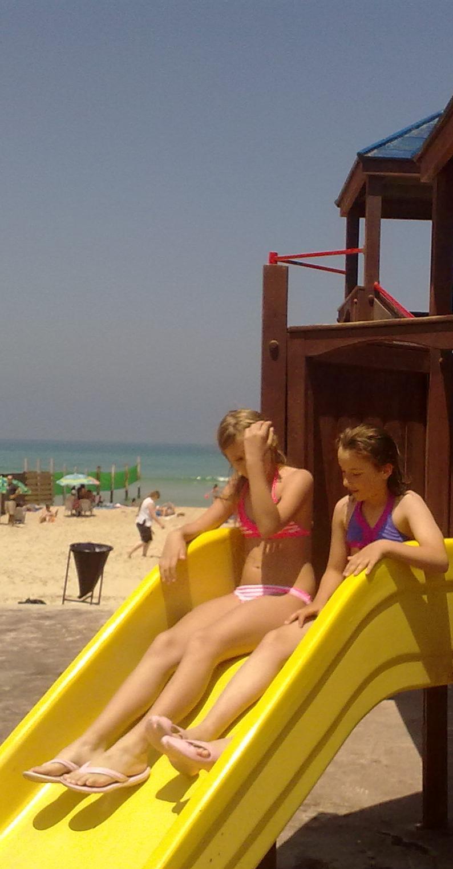 Юлии Ростовцевой 11 лет. Она в израильской тюрьме для детей